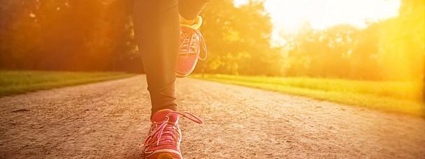 Marcher 20 minutes par jour peut accroître les chances de vaincre le cancer